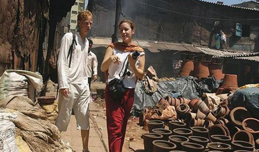 dharavislumtour-mumbai.jpg